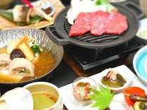 四季折々の季節の素材を手間暇かけて、地産地消にこだわった自慢のお料理をお楽しみ下さい。