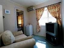 本館客室のリビングルームの1室