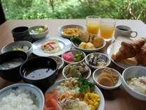 【バイキング朝食付プラン】朝から選べる愉しさで元気に!郷土料理・和食・洋食と幅広くご用意!