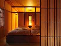 【はなもも ベッドルーム】ローベッドで心地良い眠りを