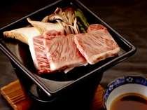 人気の上州牛カルビ陶板焼き 通常別注価格よりお得にご用意(イメージ)