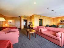 ヨーロピアン館スイートルーム(一例) ゆったりとした空間がくつろぎのひとときを演出してくれます。