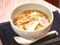 【お夜食】無料のラーメンは全てのお客様にお楽しみいただけるサービス
