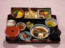 【訳あり】夕食・朝食とも和定食プラン(和室)お布団はセルフサービス敷き!チェックインは18時迄。