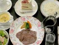 (休前日)ステーキ食べ放題!ご夕食はまんぷく♪プラン(ツイン)チェックインは18時迄。