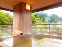 19春夏【早割り120日前 ¥2,000お得】かけ流し温泉 渓流露天風呂付客室で贅沢なひとときを