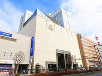 宇都宮東武ホテルグランデは栃木県宇都宮市の市街地中心部の繁華街にあるシティホテルです