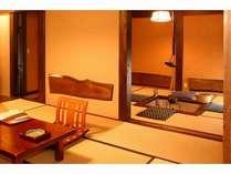 本館松の家タイプ囲炉裏付き客室≪葉月≫