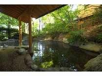 福地温泉一の広さを誇る露天風呂