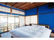 2F寝室(キングベッド×1)