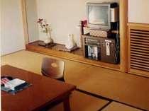 *【部屋一例】全タイプのお部屋が8畳以上と広々快適♪全館エレベータがついており、便利です☆