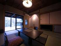 【木部の棟】源泉掛け流しの客室露天風呂が付いたお部屋です。