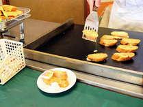 【ご朝食】焼きたてをお召し上がり頂けます。