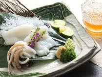 本館グルメ 女将一押し!日本海、夏の絶品【イカそうめん】付き金澤懐石