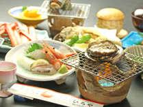 【アワビ付き】夏の贅沢☆新鮮海の幸会席とアワビを大胆な踊り焼きで堪能♪【一泊二食】
