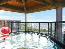 13階展望露天風呂から四季折々の風景をお楽しみ下さいませ