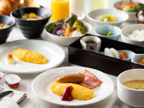 朝食はセットメニューをご用意。和・洋・中組み合わせて召し上がれます。