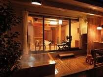露天風呂付客室(温泉) 一例
