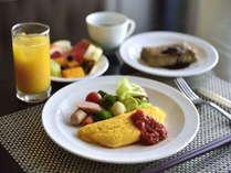 朝食盛り付け例卵料理はスタッフへお申し付けください。