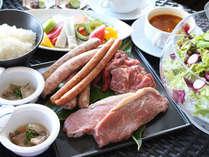 【BBQディナー付】ガーデンレストランでのBBQディナー付、石垣の夏を感じるリゾートステイ♪/朝食付
