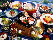 地場産の野菜や海鮮類を素焼きの焙烙で陶板(トウバン)焼きにする『海鮮宝楽焼き』付12品