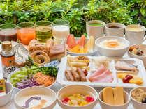 *【朝食一例】ヘルシー派もがっつり派も双方の要望に対応したブッフェをご用意!日替わりメニューもアリ!