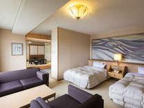 啄木亭最上級のお部屋、特別室。他のお部屋よりベッド幅も広いものを設置。