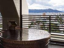 11階大浴場・雲海。函館の街並みを眺めながら湯浴みが楽しめます