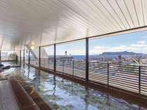 11階大浴場・雲海。(女性側)函館の街並みを眺めながら湯浴みが楽しめます