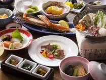 【お部屋食イメージ】旬の食材を使用した和食膳。