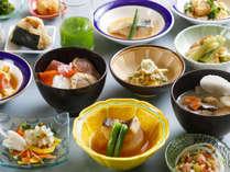 【キャビン・朝食】朝から道南の食材満載の料理をおなか一杯お召し上がりください ※イメージ