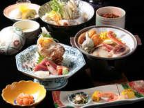 【部屋食】海鮮メインの和食膳「魚膳(白砂)」