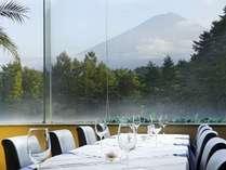 晴れた朝は朝食と共に富士山からもパワーをチャージして!