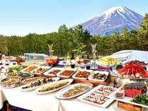 ディナーバイキング/和洋各種取り揃えております。様々なお食事をお楽しみください※イメージ