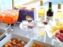 【夕食】ディナーバイキング/フルーツやデザートなどもご用意しております※イメージ