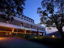 もう一度行きたい。絵画のような光景に出会う場所。安芸グランドホテルで安芸の国を探訪いただきたい。