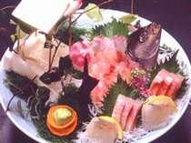 地魚のお造りイメージ(写真はイサキ2人前)