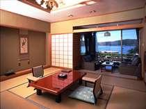 下田湾を望む露天風呂付き客室、東館Bタイプのお部屋