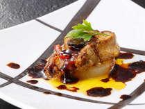 ■フォアグラのソテー■ 世界三大珍味、美味の限りを黒船流でお届け♪