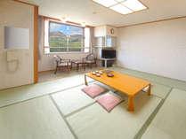 和室10畳 バス・トイレ付