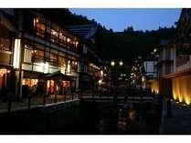 【1泊朝食付】銀山温泉の別世界を散策♪