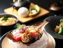 新鮮な地魚お造り(料理一例)