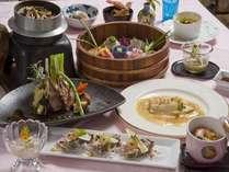 通常ディナー。前菜から始まりお造り、魚料理、肉料理、釜飯、デザートのコース料理♪