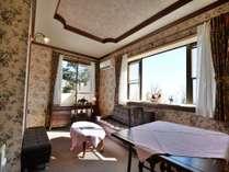本館2号室 洋室(2~3名)朝食・夕食共にお部屋食。