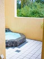6号室 客室露天風呂