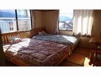 本館 和室 畳敷きベッドルーム8畳間(ツインルーム)