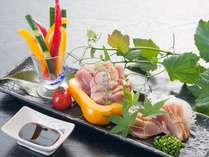 【鶏タタキ】鶏の消費量日本一の大分ならではの新鮮な鶏をタタキで