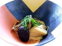 グラツィエ自慢の一品。長浜の郷土料理「焼鯖素麺」是非、ご賞味ください。