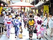 長浜市内はお祭り盛りだくさん。「長浜夏祭り」浴衣の着付はホテルスタッフにお任せください!