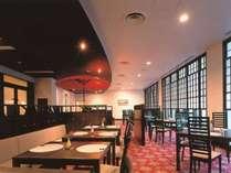 日本料理「竹生島」。本格会席から郷土料理まで旬の食材を使用した会席料理が魅力です